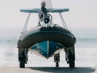 Vincent Lebailly, l'homme qui tracte les bateaux sans remorque