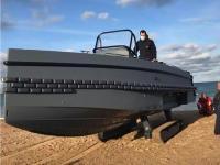 Ces Normands ont inventé un bateau amphibie, manoeuvrable sur l'eau comme sur terre (Iguana Yachts)